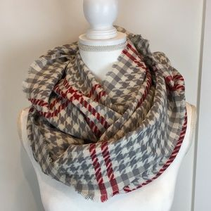 Gray Red Houndstooth Infinity Scarf